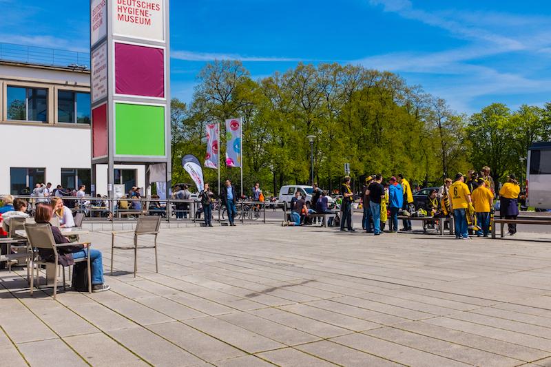 """Begegnung mit """"dynamischen Dresdnern"""" am Start"""